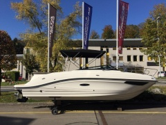 Sea Ray Sun Sport 230 Europe Barco desportivo