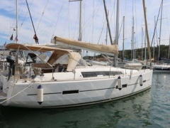 DUFOUR 412 GRAND LARGE Sailing Yacht