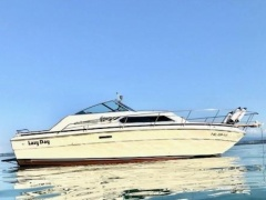Sea Ray Express Cruiser SRV300 Cabin Boat
