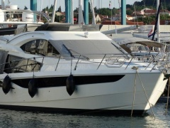 Galeon 420 Fly Yacht a Motore