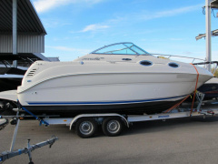 Sea Ray 240 Sundancer Kajütboot