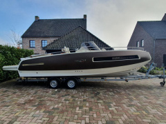 Invictus 280 GT - 2016 - Volvo V8-350 - only 118h Sport Boat