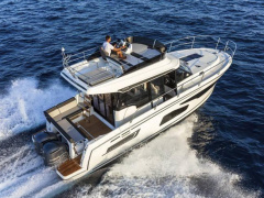 Jeanneau MERRY FISHER 1095 Motor Yacht