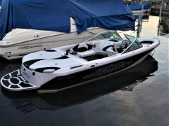 Nautique Correct Craft Super Air Nautique 210 Sportboot