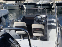 Bénéteau FLYER 6.6 SUNDECK Center Console Boat