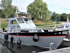 Striker 38 Cabin Kajütboot