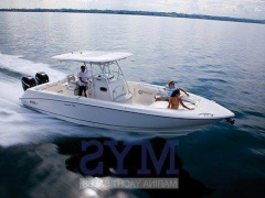 Boston Whaler OUTRAGE 320 50th Anniversary Center console boat