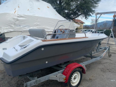 Elan GT 495 F Center console boat