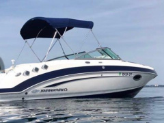 Chaparral 225SSI Yacht a Motore