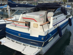 Bayliner 2450 Semicabinato