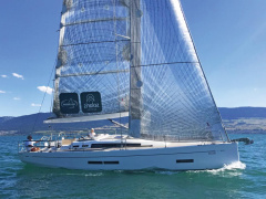 Solaris One 37 Cruising yacht