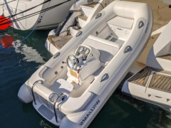 Williams 325 Turbo Jet Bote de servicio