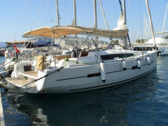Dufour Grand Large 410 Sailing Yacht