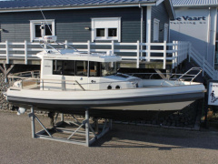 Paragon 25 Cabin Yacht a Motore