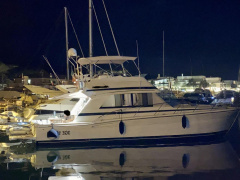 Riviera 43 fly Flybridge