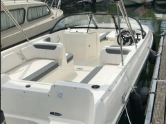 BAYLINER E7 mit Mercury Optimax Pro150PS Bowrider