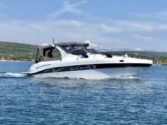Saver 330 Cabin mit 2x 4,5l Mercrusier Yacht a Motore