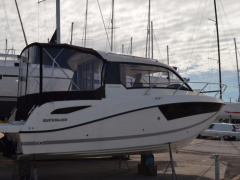 Quicksilver Inflatables 755 WEEKEND Pilothouse