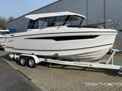 Parker 760 Quest Pilothouse