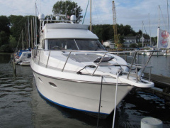 Astor 47 Ak Fly Flybridge