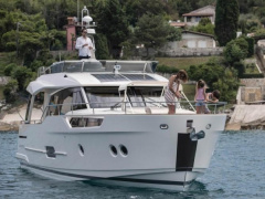 Greenline 48 FLY Yacht a Motore