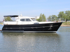 Elling E4 Ultimate Yacht a Motore