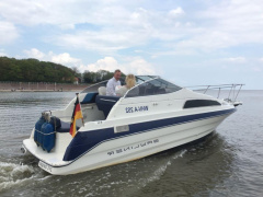Bayliner 2255 Semicabinato