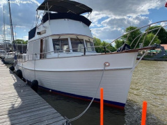 Grand Banks 42 CLASSIC Flybridge