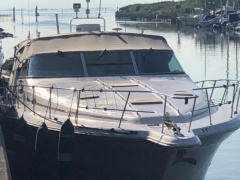 Sea Ray 440 Sundencer Flybridge