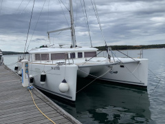Lagoon 450 Flybridge Catamaran