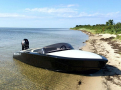 Flying Shark 4.2 Runabout
