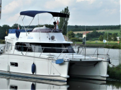 Fountaine Pajot Highland 35 Catamaran à moteur