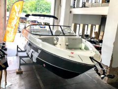 Sea Ray SLX250 MODELL 2021 Bowrider
