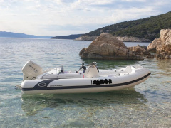 Walker Bay Generation 450 RIB