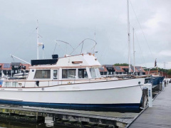 Grand Banks 42 Classic Cabin Boat