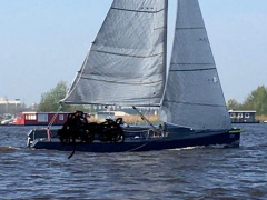 Falcon Racing Kielboot