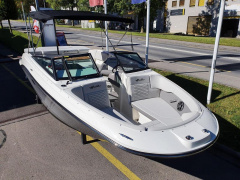 Sea Ray SPX 230 Europe Bateau de sport