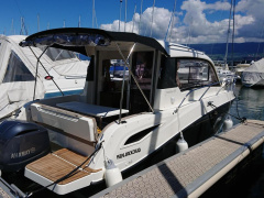 Quicksilver (Brunswick Marine) Active 755 Weekend OB Kajuitjacht