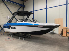 Malibu 22 MXZ the Surfmaschine Wakeboard/Wakesurf