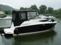 Regal 2565 Kajütboot