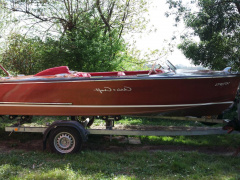 Chris Craft runabout Classic