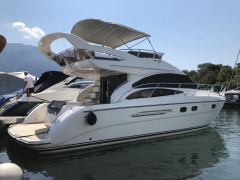 Princess 42 Flybridge Yacht a Motore