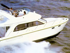 Bayliner 3488 Command Bridge Flybridge