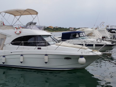 Bénéteau Antares 30 Fly Flybridge