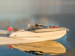 Fairline F-Line 33 Sportsbåd
