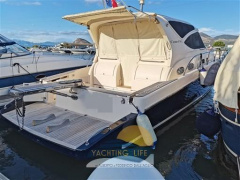 Cayman 43 WA Center Console Boat