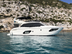 Absolute 52 Fly Yacht à moteur