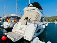 BAVARIA E40 Fly Flybridge