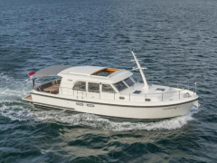 "Linssen Grand Sturdy 40.9 Sedan ""Twin"" Trawler"