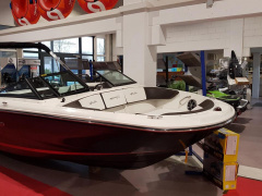 Sea Ray 190 SPXE WBT Bowrider